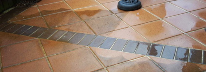 Tile Cleaner Demonstrating work in Surrey Hills
